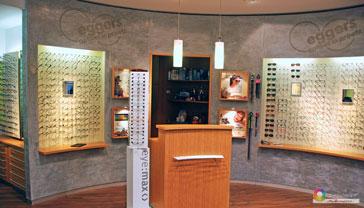 Farb- und Materialkonzept für Optiker Geschäft